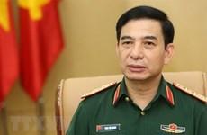 越南人民军高级军事代表团对新加坡进行正式访问