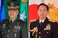 日本与菲律宾共同讨论两国防务合作和地区安全问题