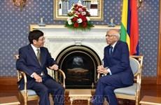 越南和毛里求斯致力于促进多领域的合作关系
