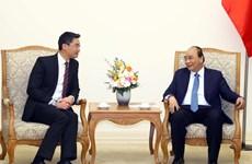 政府总理阮春福会见经济专家罗斯勒