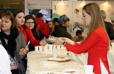 越南在莫斯科国际旅游展上推介越南特色美食