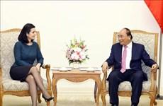 越南政府总理会见保加利亚和乌拉圭两国新任驻越大使