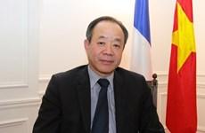 加强越南与法国的友谊与合作