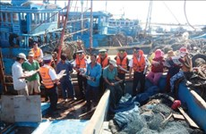 海警与渔民同行-有效的民运模式
