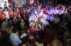 在承天顺化省留学的老挝学生欢度2019年老挝传统新年
