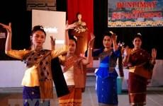越南政府总理阮春福向老挝总理和柬埔寨首相致以节日祝福
