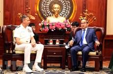 胡志明市市委书记阮善仁会见美国印度洋-太平洋司令部司令