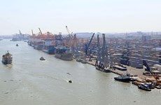 越南港口货物吞吐量猛增