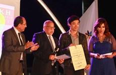 《双郎》导演在第九届北京国际电影节上获奖