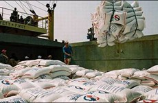 柬埔寨海关税收5年增长3倍