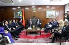 越巴两国加强立法领域的合作