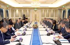 越南政府总理阮春福会见中国领先企业代表