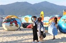 越南4·30南方解放日和5·1国际劳动节假期全国接待游客量猛增