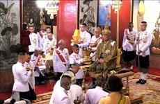 越南领导人致电泰国国王哇集拉隆功祝贺登基加冕
