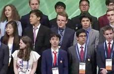 越南学生在英特尔国际科学与工程大奖赛获得三等奖