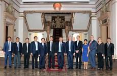 胡志明市与澳大利亚黄金海岸市加强合作
