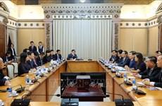 胡志明市领导会见中华全国工商业联合会代表团