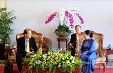 胡志明市与柬埔寨人民共同培育两国传统友谊