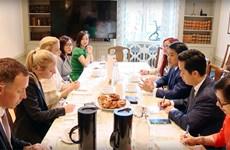 河内市人民委员会主席会见瑞典斯德哥尔摩市市长
