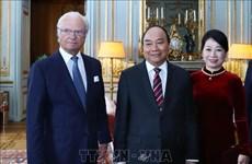 越南政府总理阮春福会见瑞典国王卡尔十六世·古斯塔夫