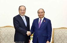 越南政府总理阮春福会见中国云南省省长阮成发
