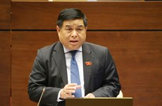 越南第十四届国会第七次会议:经济有起色但企业的生产经营活动仍面临困难