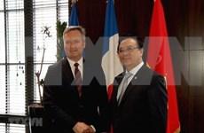 越南共产党代表团对法国进行工作访问