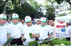 政府总理阮春福出席全国反塑料垃圾运动启动仪式