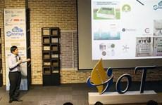 科技企业在物联网创新公开赛上向越南创业型企业订购产品