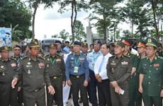越南与柬埔寨进一步增进友谊之情