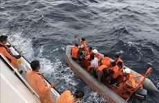 中国协助越南搜救海上遇险的越南渔船