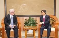 越南政府副总理武德儋会见前来辞行拜会的澳大利亚驻越大使