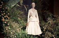 """""""往日之美""""时装展览会推崇不同时代的时装风格"""
