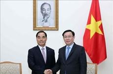 政府副总理王廷惠会见韩国农村发展集团总裁