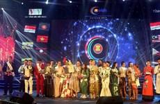 马来西亚选手荣获2019年第二届东盟加三歌唱大赛一等奖