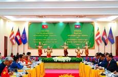 越南-柬埔寨友好协会的活动日益走向纵深