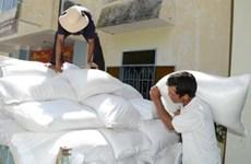 越南政府总理阮春福指示向得农省缺粮户发放救济大米