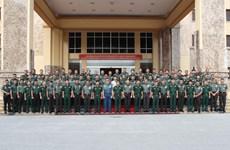 印尼军官代表团访问越南第一军区