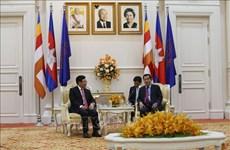 越南政府副总理兼外交部长范平明拜会柬埔寨首相洪森