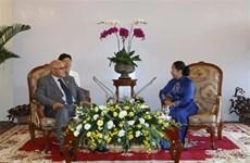 胡志明市市委副书记武氏蓉会见古巴革命保护委员会主席