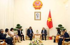 越南政府副总理张和平会见古巴最高人民法院院长鲁文·雷米西奥·费罗