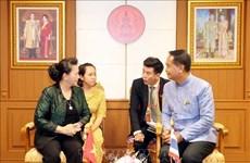 越南国会主席阮氏金银访问泰国乌隆府