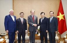 越南政府副总理郑廷勇会见英国SOCO集团首席执行官