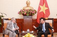 越南与乌拉圭第三次副外长级政治磋商在河内举行