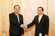 朝鲜职业同盟代表团访越有助于加深两国工会组织的团结友谊