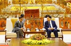 进一步加强河内与印度各地方的合作