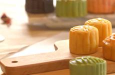 河内市常信县历史悠久的传统月饼模制作村