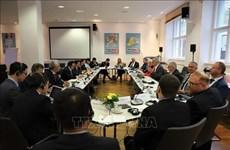 越南共产党与德国左翼党第二次政策对话会在德国召开