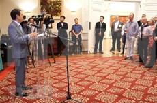 越南驻美大使馆与美国国家渔业研究所联合举办渔业与贸易交流会