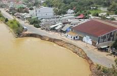 越南政府总理要求检查九龙江平原干旱和江岸坍塌情况